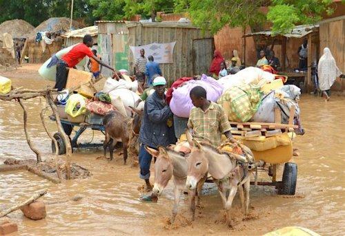 Le ministre en charge de la gestion des catastrophes sur plusieurs sites à Niamey pour constater les mesures prises suite aux inondations