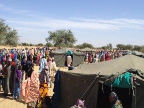 des-jeunes-lancent-une-campagne-de-solidarite-pour-aider-les-victimes-de-boko-haram-a-diffa