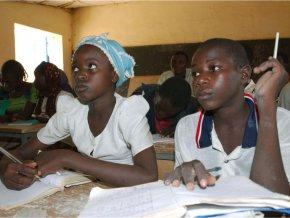 l-etat-veut-atteindre-l-education-obligatoire-gratuite-jusqu-a-16-ans-d-ici-2024